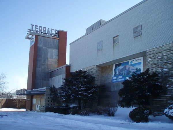 Brianorndorf com the terrace theater in robbinsdale for The terrace movie theater