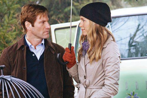 LOVE HAPPENS Jennifer Aniston
