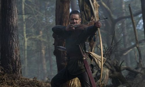 ROBIN HOOD Russell Crowe Archer