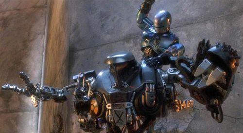 ROBOCOP 2 War 2