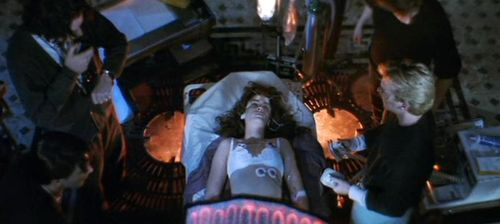 FLATLINERS Julia Roberts Death