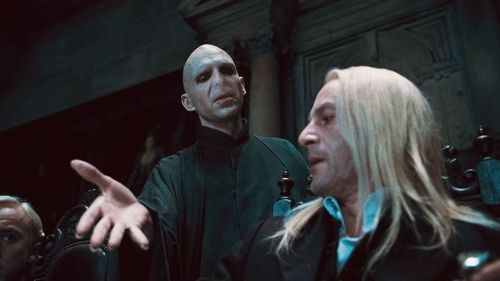 HARRY POTTER AND THE DEATHLY HALLOWS PART 1 Voldemort
