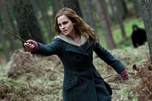 HARRY POTTER AND THE DEATHLY HALLOWS PART 1 Emma Watson