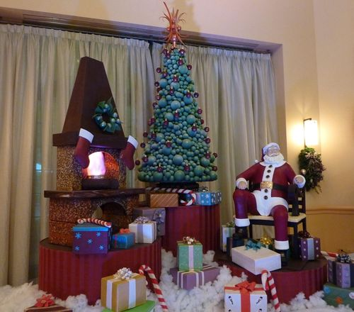 Walt Disney World Hotel Christmas 15
