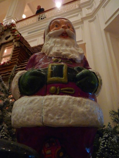 Walt Disney World Hotel Christmas 26