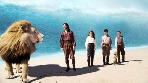 CHRONICLES OF NARNIA VOYAGE OF THE DAWN TREADER Still 1