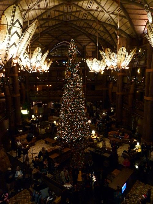 Walt Disney World Hotel Christmas 34