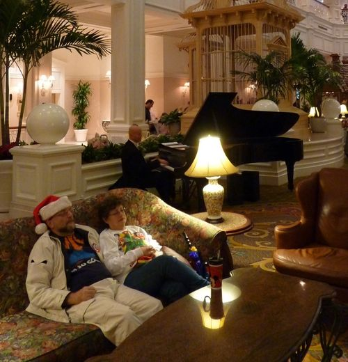 Walt Disney World Hotel Christmas 22
