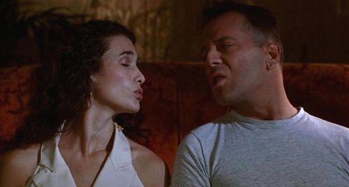 HUDSON HAWK Bruce Willis Andie MacDowell