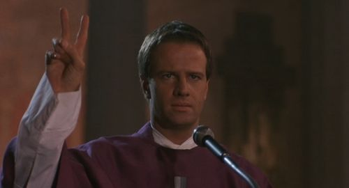 TO KILL A PRIEST Christopher Lambert 2