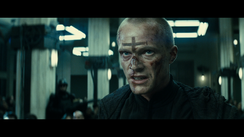 PRIEST Paul Bettany Blood
