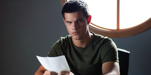 ABDUCTION Taylor Lautner 2