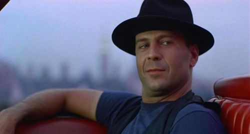 HUDSON HAWK Bruce Willis
