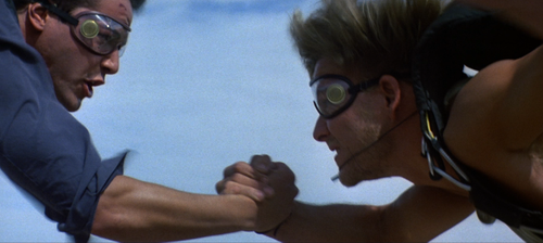 POINT BREAK Swayze Reeves Skydiving