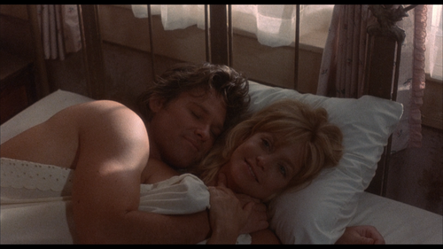 OVERBOARD Goldie Hawn Bed