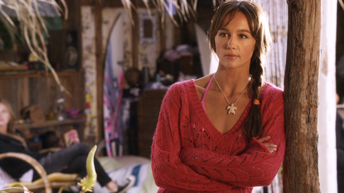 BLUE CRUSH 2 Sharni Vinson