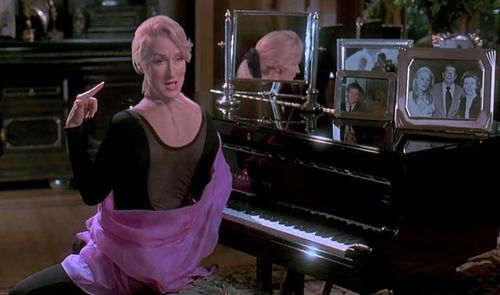 DEATH BECOMES HER Meryl Streep
