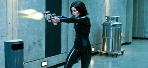 UNDERWORLD AWAKENING Still 1