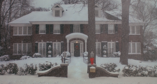 HOME ALONE House Snow