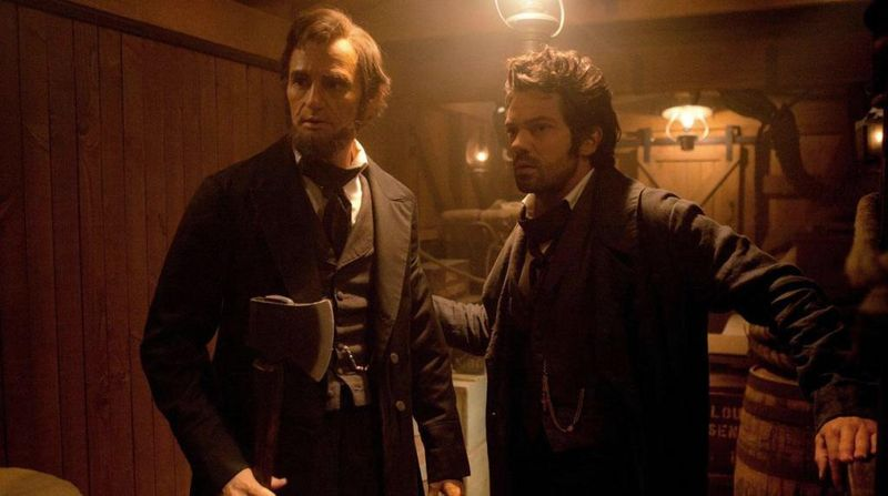 ABRHAM LINCOLN VAMPIRE HUNTER Still 2