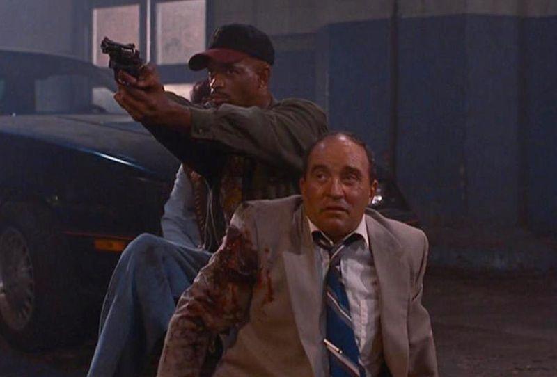 MO MONEY Damon Wayans gun