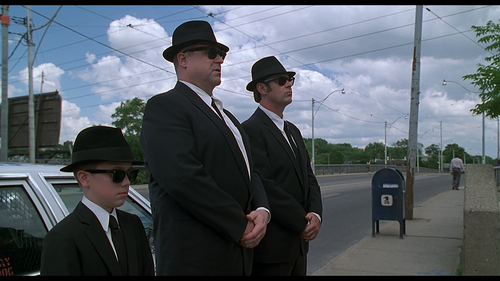 BLUES BROTHERS 2000 Corner