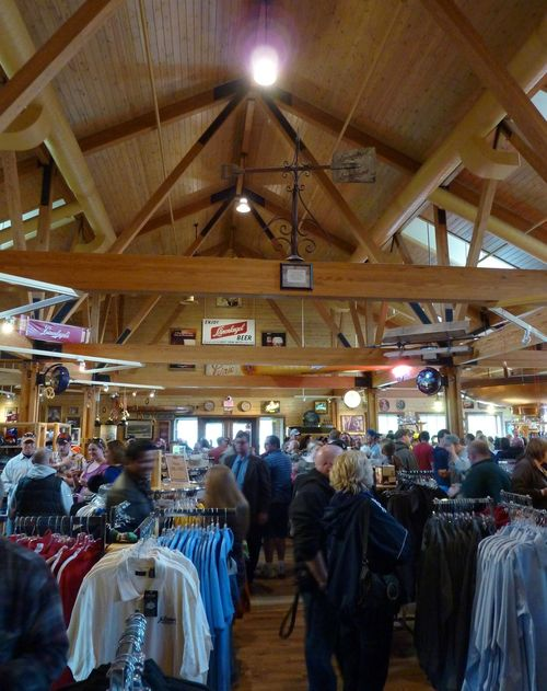 Leinenkugel's Leinie Lodge 4
