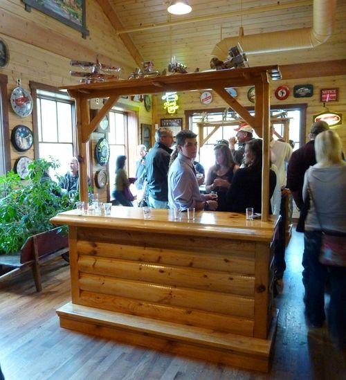 Leinenkugel's Leinie Lodge 16