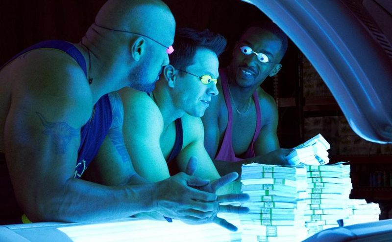 PAIN AND GAIN Still 1