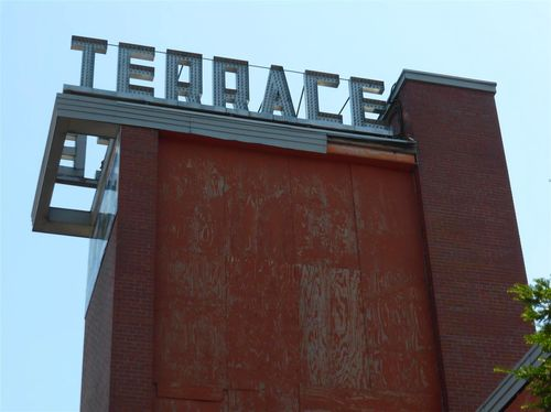 Brianorndorf com the terrace theater in robbinsdale for Terrace theatre