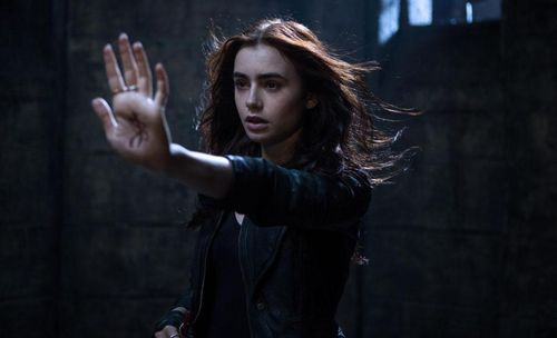 MORTAL INSTRUMENTS CITY OF BONES Lily Collins