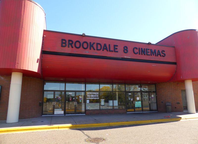 BROOKDALE 8 Cinemas Brooklyn Center, MN 3