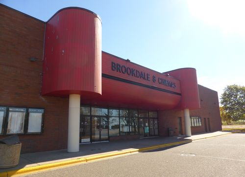 BROOKDALE 8 Cinemas Brooklyn Center, MN 12