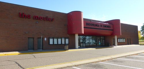 BROOKDALE 8 Cinemas Brooklyn Center, MN 23