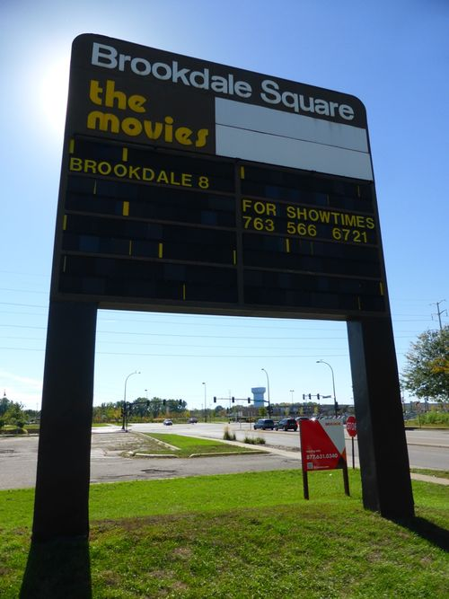 BROOKDALE 8 Cinemas Brooklyn Center, MN 25