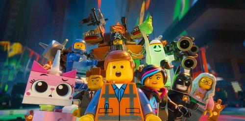 LEGO MOVIE Chris Pratt Elizabeth Banks