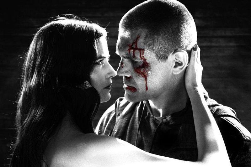 SIN CITY A DAME TO KILL FOR Eva Green Josh Brolin