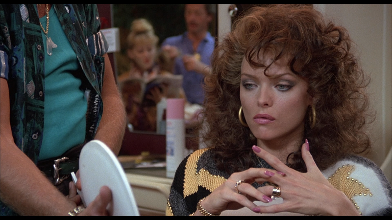 Amarried to the Mob Michelle Pfeiffer