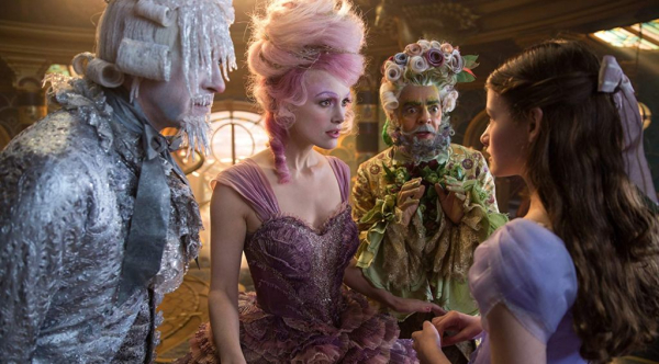 NUTCRACKER AND THE FOUR REALMS 1